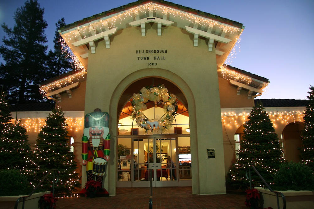 Xmas_HillsboroughTownHall_2012